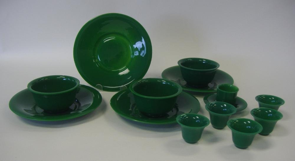 14: Chinese Green Peking Glass Plates, Bowls & Cups