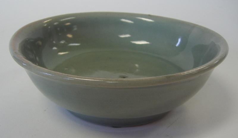 17thc Chinese Celadon Porcelain Bowl, Flower Motif