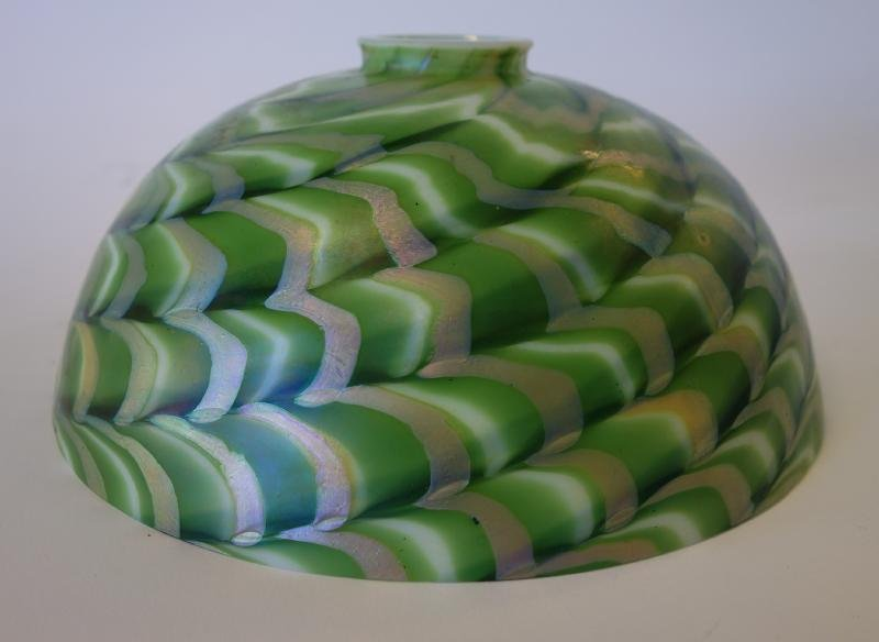 Damascene Iridescent Art Glass Lamp Shade