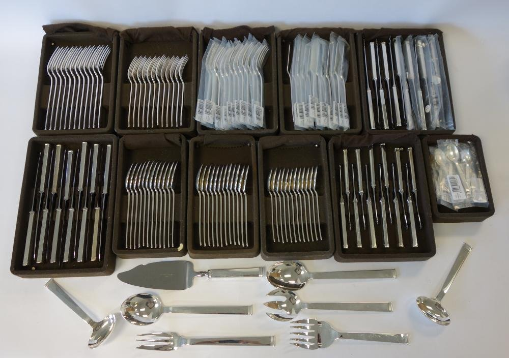 Christofle Sterling Flatware, Commodore 140 pieces