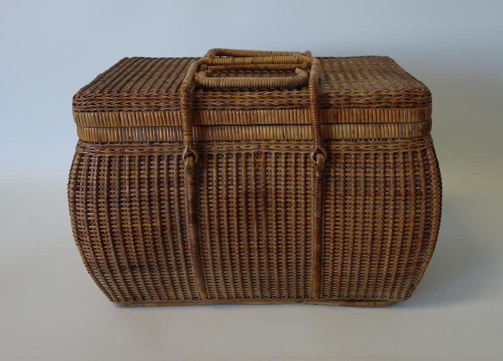 Large Shaker Woven Picnic / Sewing Basket