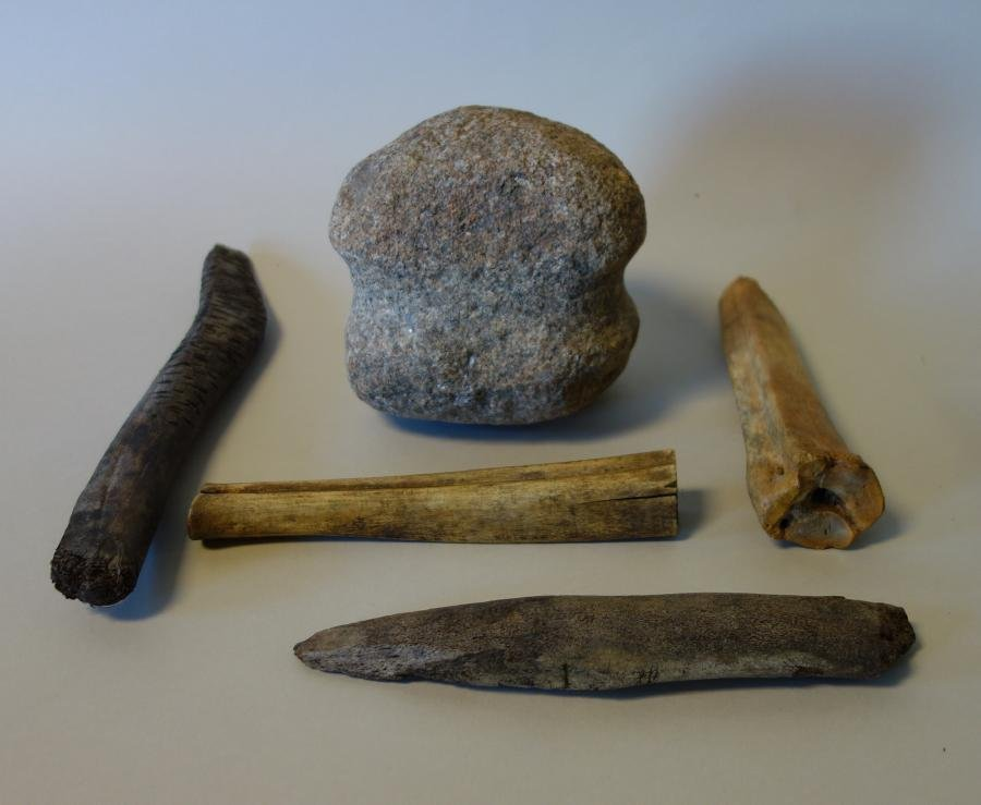 5 Mandan Native American Chopping & Grinding Tools