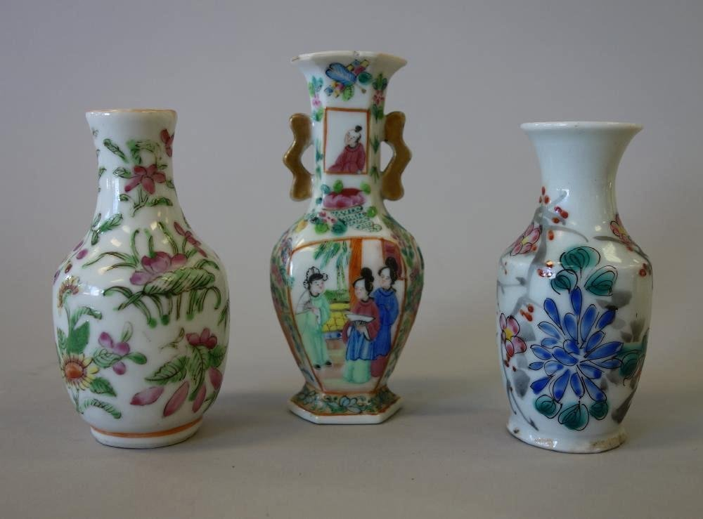 3-19thc Chinese Porcelain Miniature Vases