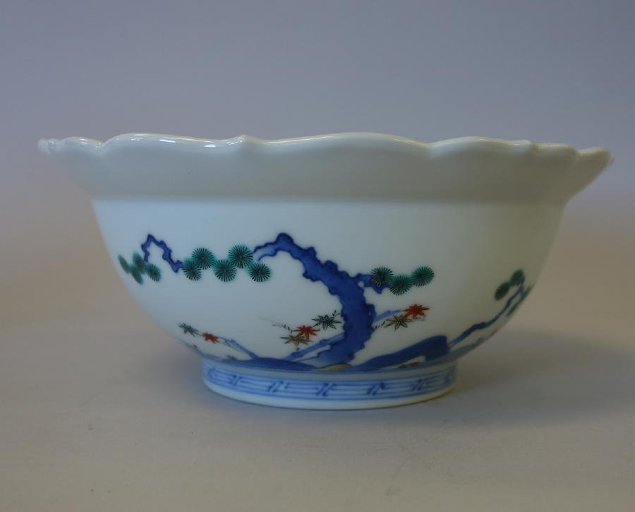 Fine Japanese Kakiemon Enameled Bowl, Signed - 3