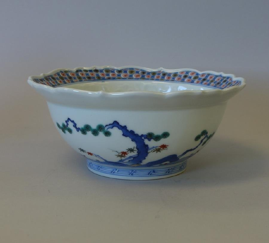 Fine Japanese Kakiemon Enameled Bowl, Signed - 4