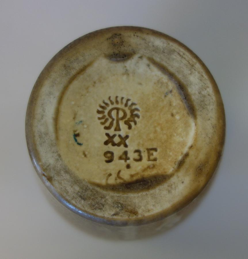 Caroline Steinle, Rookwood Pottery Vase, 1920 - 3