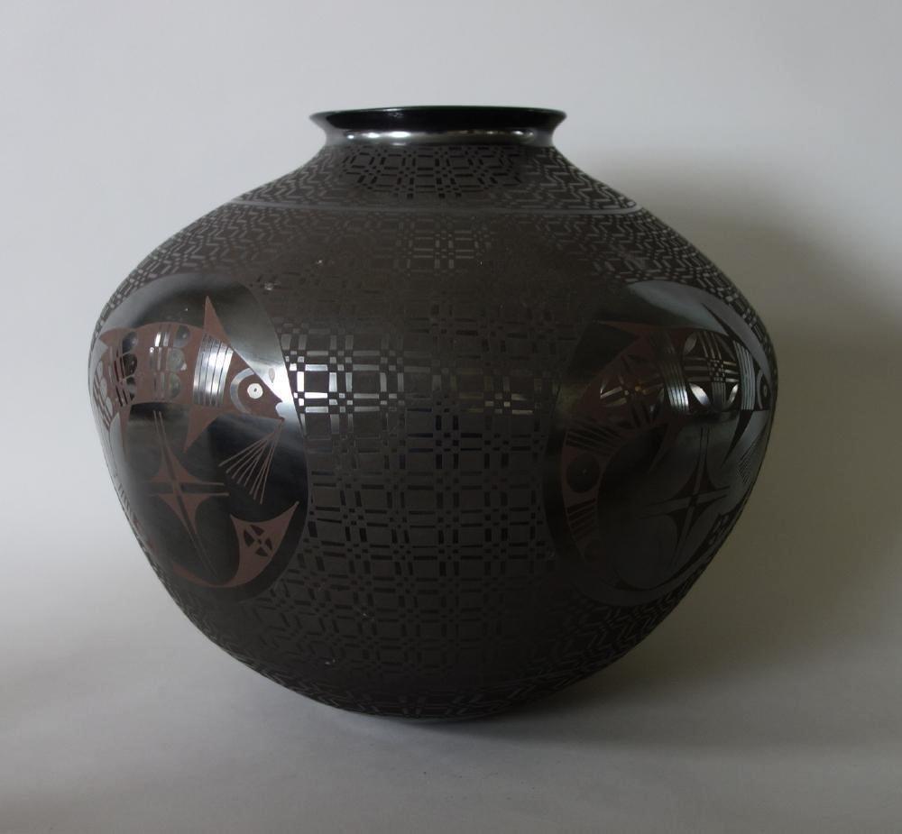 Lucia Soto, Casa Grandes Blackware & Brown Olla - 2