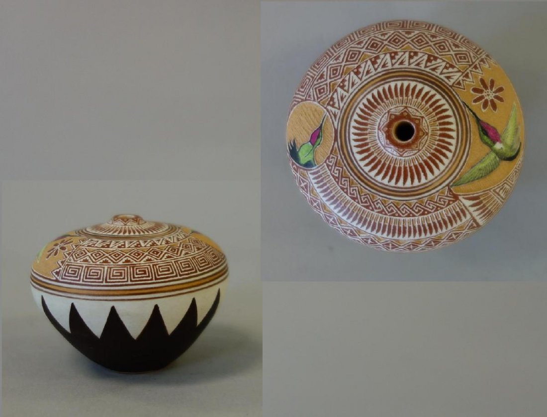 Wallace Nez, Navajo Pottery Seed Pot