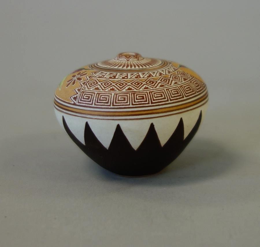 Wallace Nez, Navajo Pottery Seed Pot - 3
