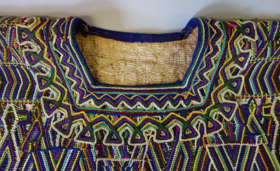 Vintage Traditional Guatemala Textile Huipil Tunic - 2