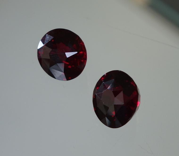 2 Burmese Ruby Gemstones, 19.46 Carats