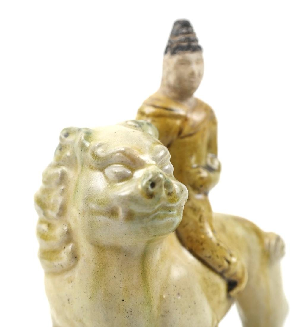 CHINESE SANCAI-GLAZED PORCELAIN FIGURE OF A LION AND - 4