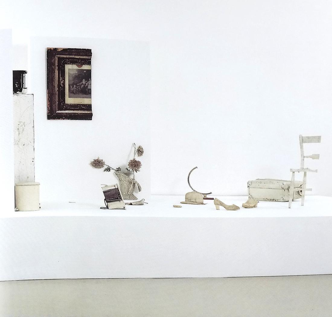 WESTERN AND ASIAN MODERN ART BOOKS - 7