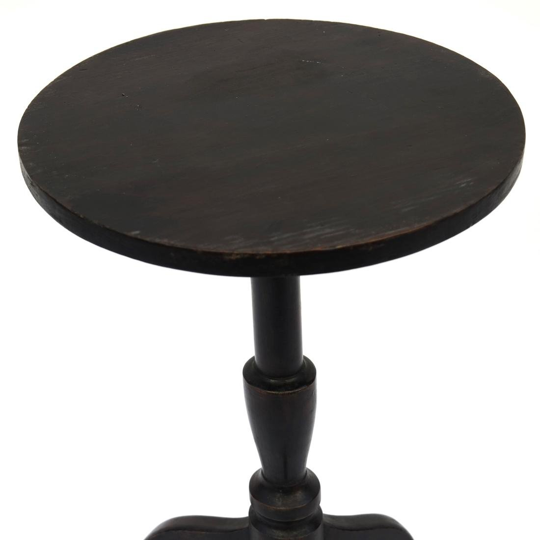 A FEDERAL BLACK-PAINTED MAPLE AND PINE CANDLESTAND - 3