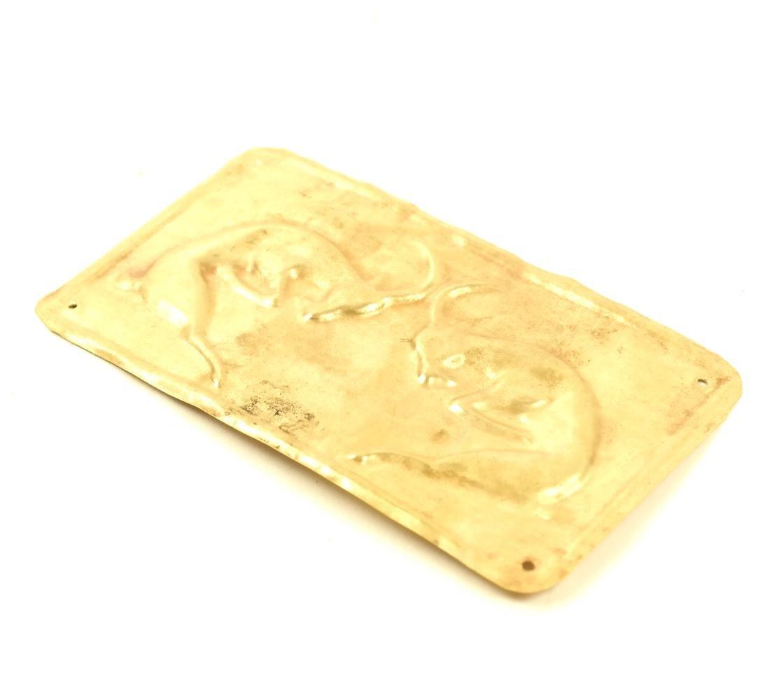 AN ASIAN GOLD SHEET RECTANGULAR PLAQUE OF TWO IBEXES - 3