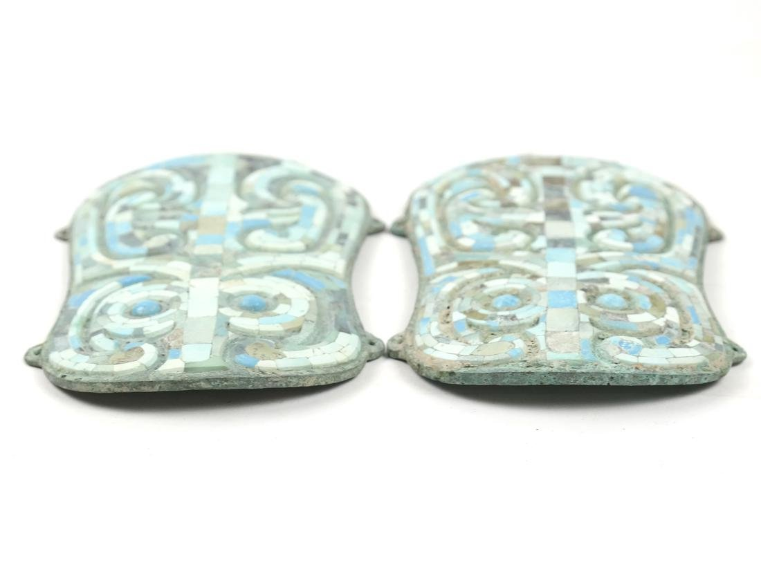 A PAIR OF ASIAN TURQUOISE-INLAID BRONZE FITTINGS - 3