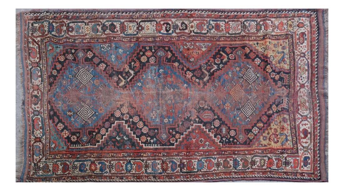 A KHAMSEH RUG SOUTH PERSIA, CIRCA 1900
