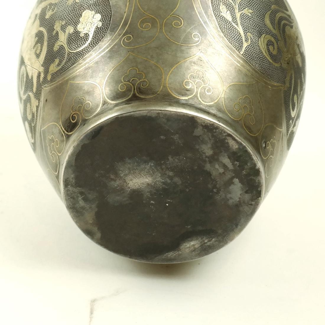 AN ASIAN PARCEL-GILT SILVER BALUSTER JAR - 6