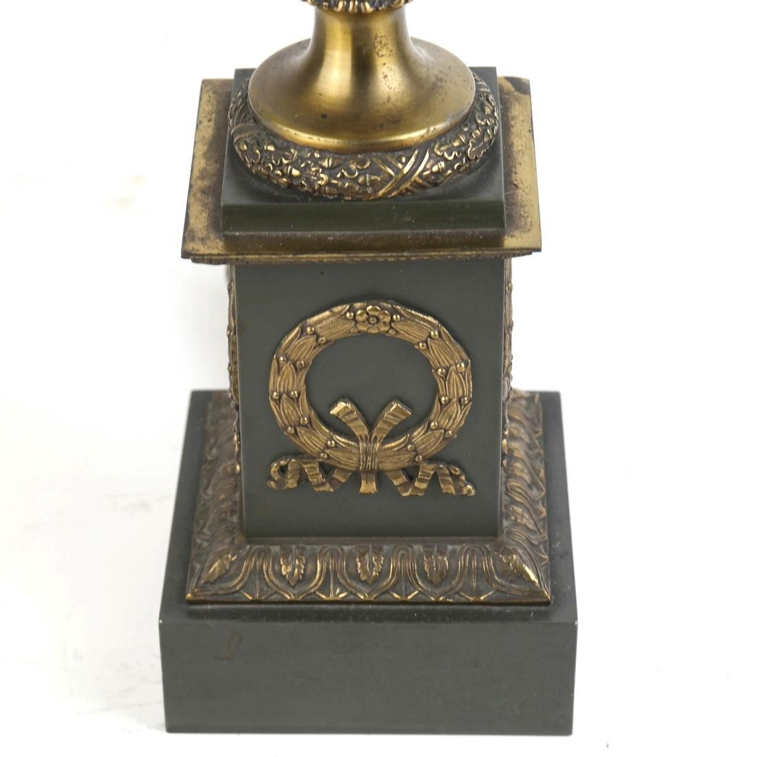 Classical Style Brass and Metal Lamp - 2