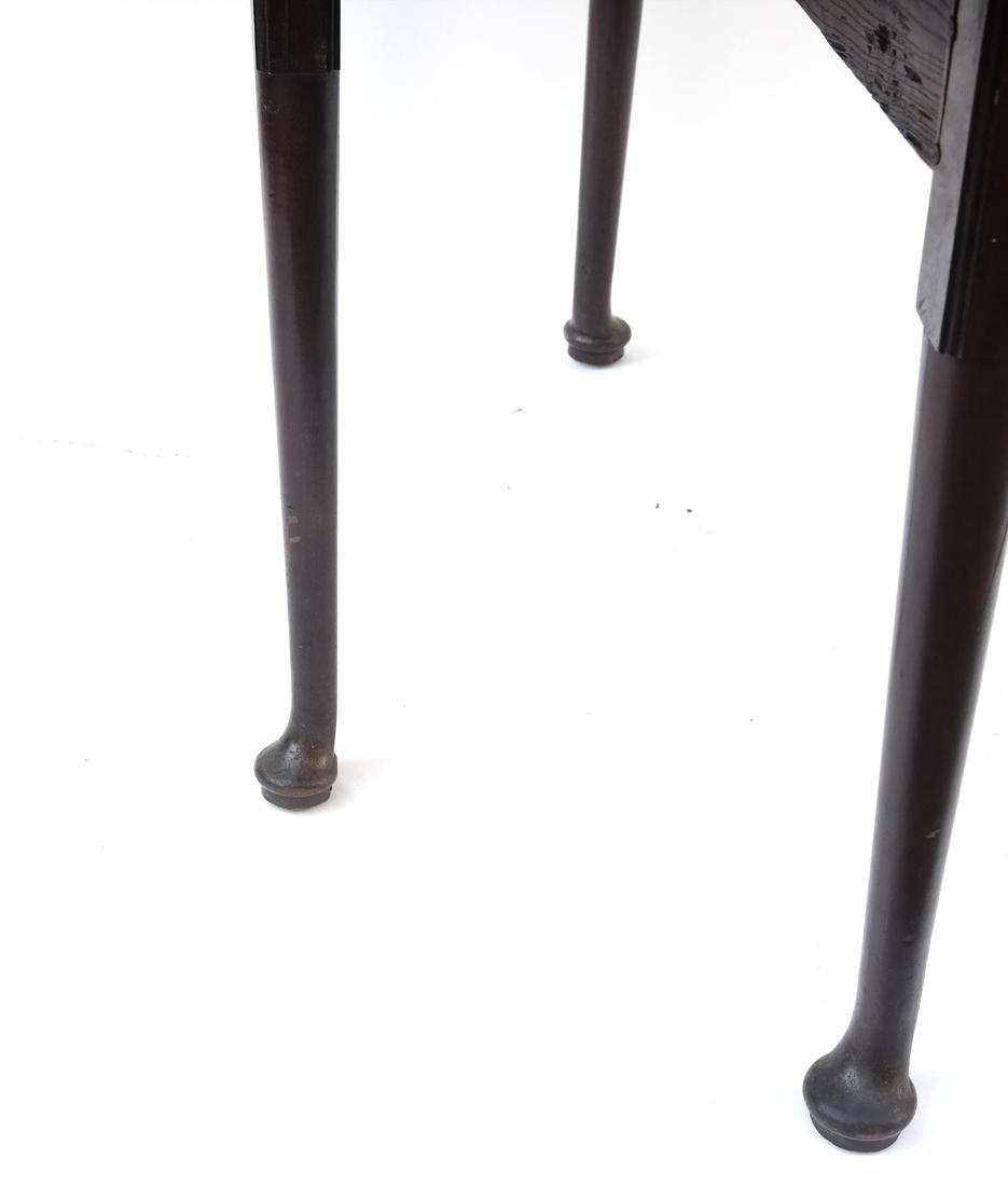 George II Mahogany Dropleaf Table - 6