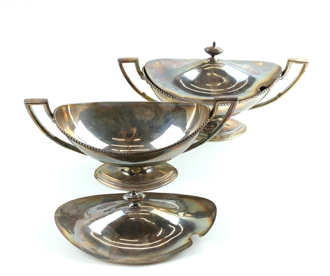Pair of Silver-Plated Tureens - 5