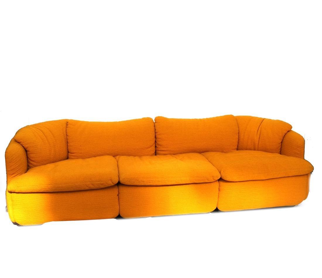 Italian sofa by Saporiti