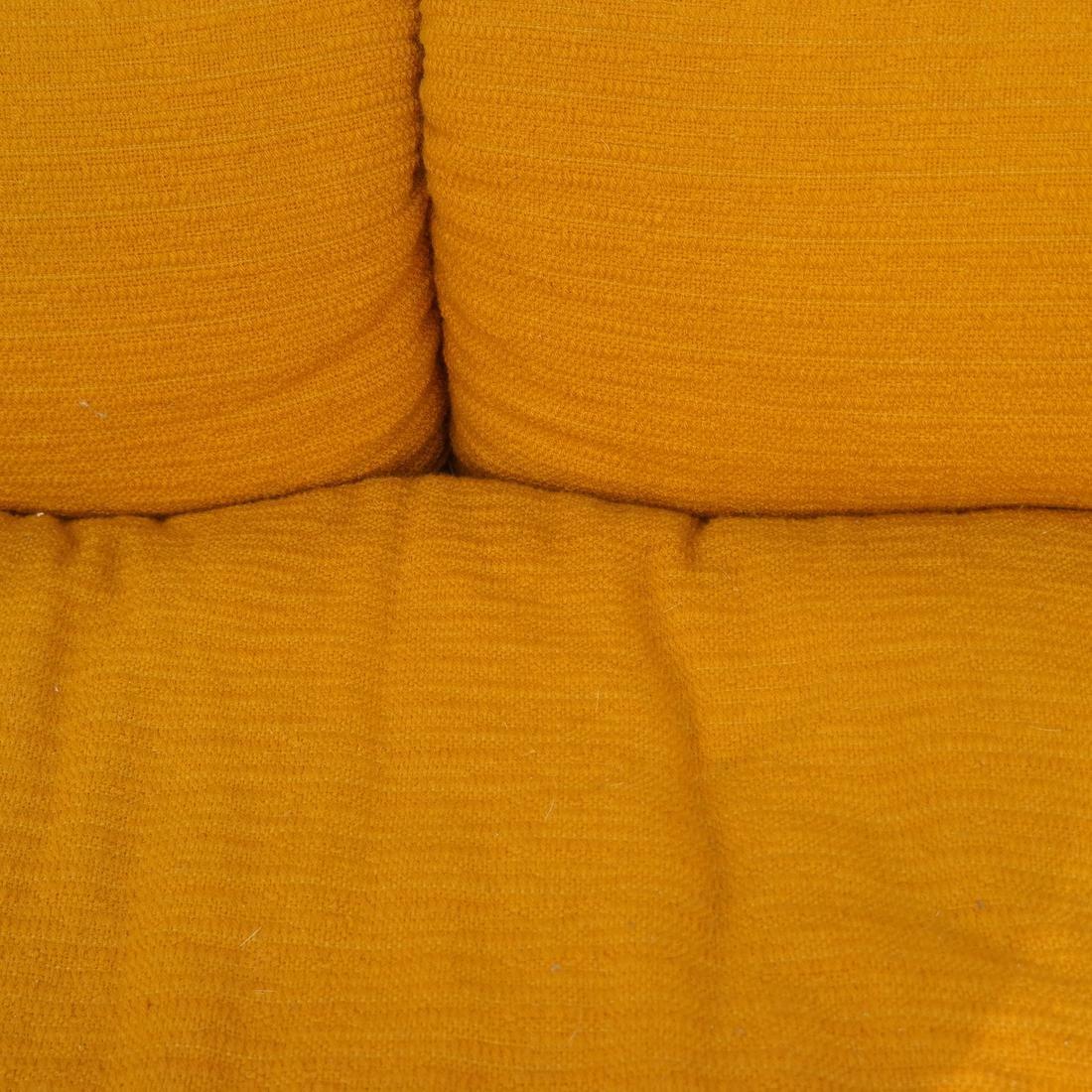 Italian sofa by Saporiti - 3