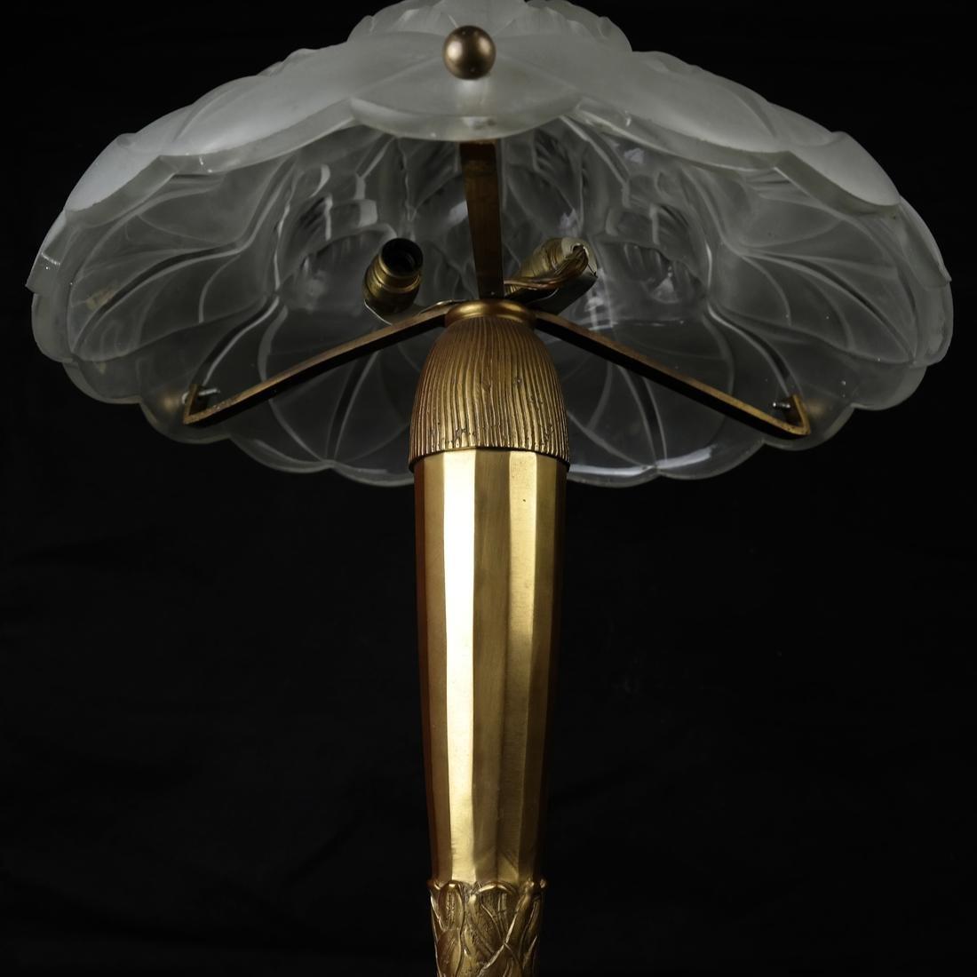 Art Nouveau Glass & Bronze Lamp - 8
