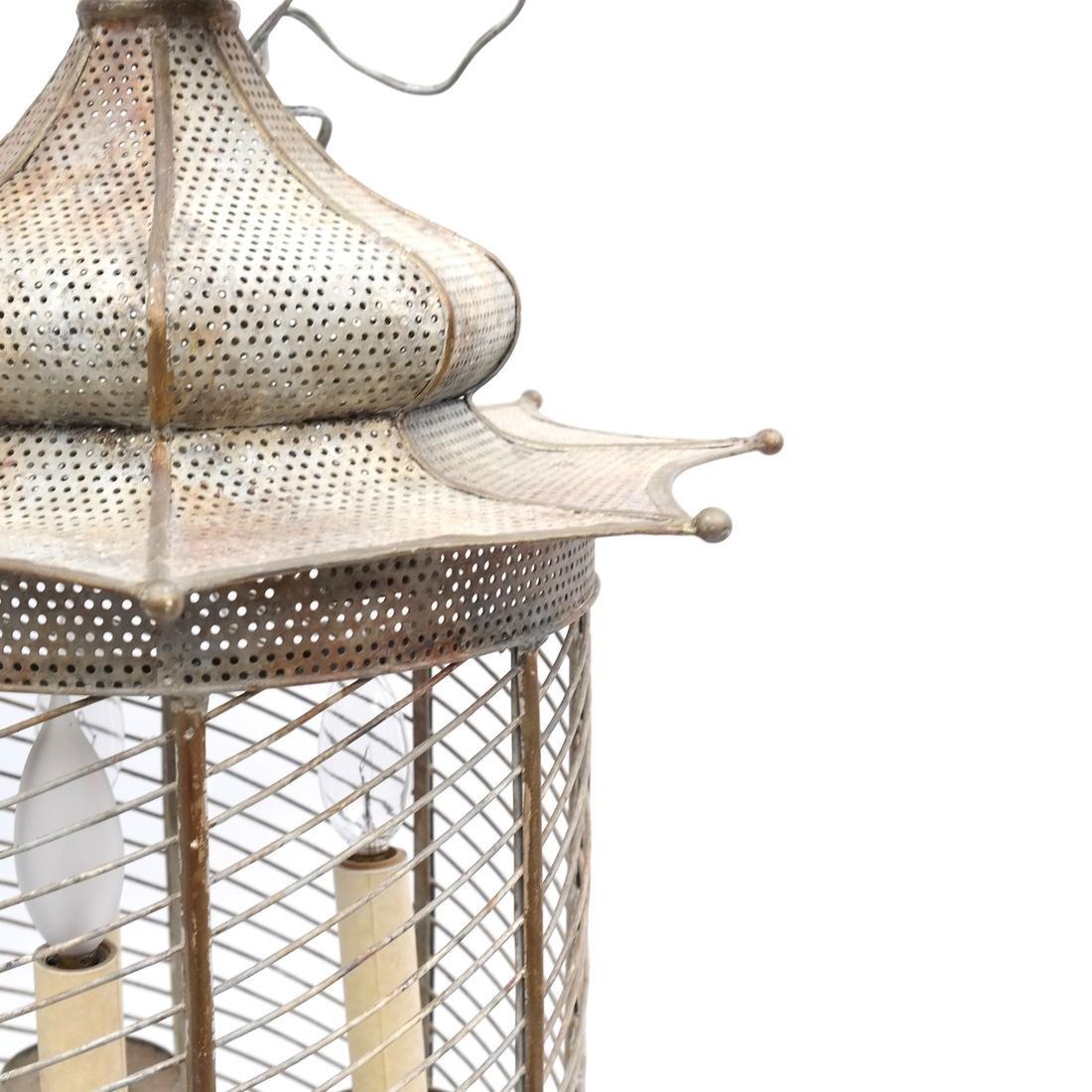 Pagoda-Form Lantern - 4