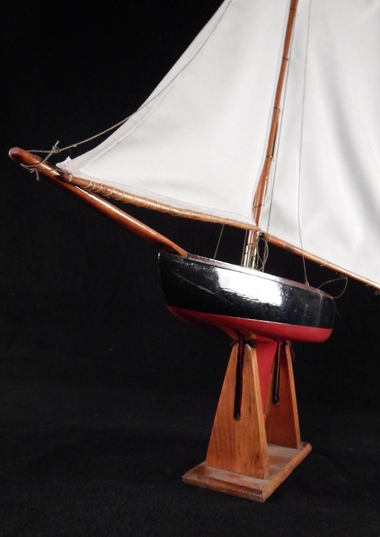 Model Yacht - 4