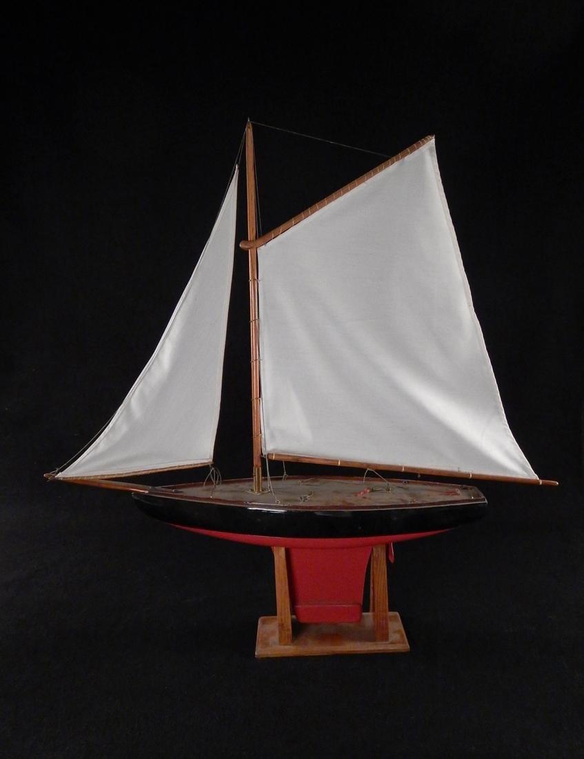 Model Yacht - 9