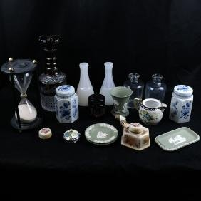 Decorative Glass & Ceramic Items