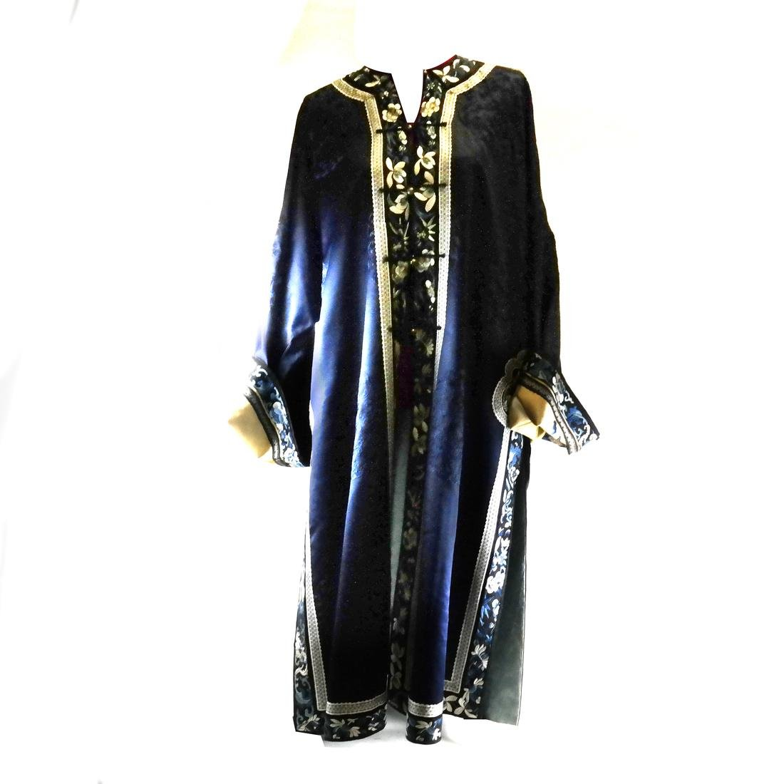 Chinese Embroidered Blue Silk Robe