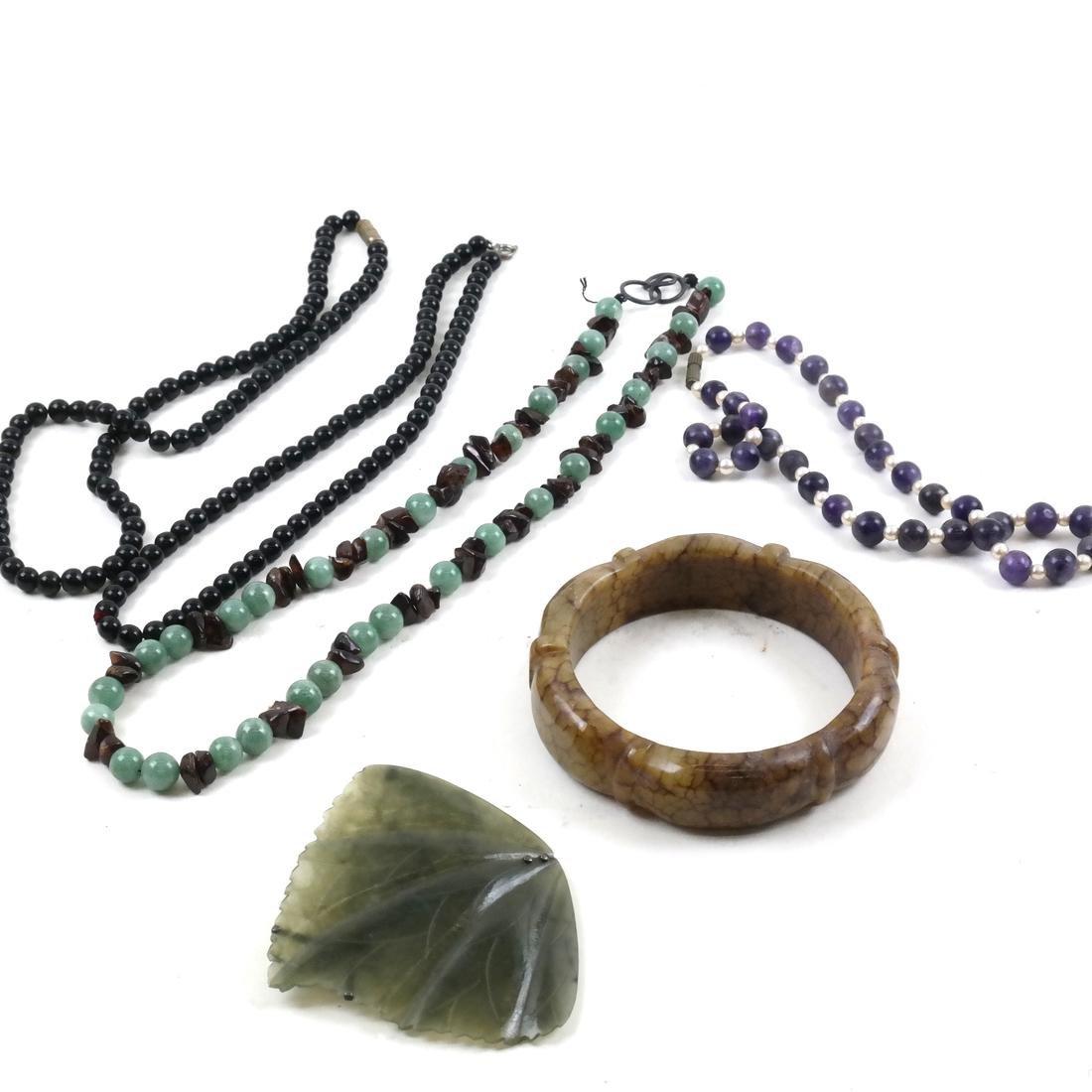 6 Hardstone Jewelry Items