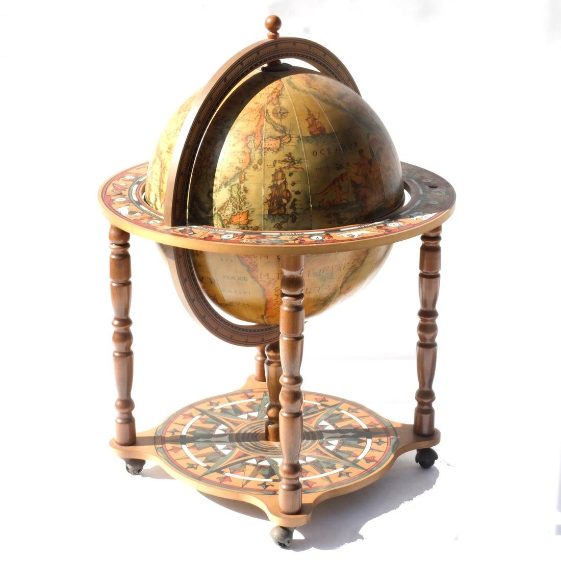 Decorative Vintage Terrestrial Globe Bar