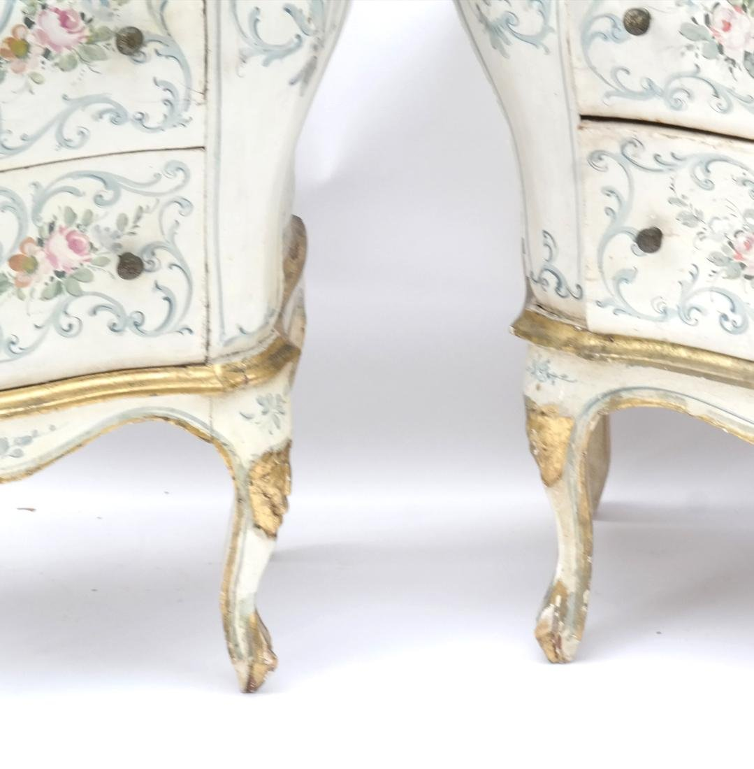 Pair of Decorated Bombe Venetian Commodes - 3