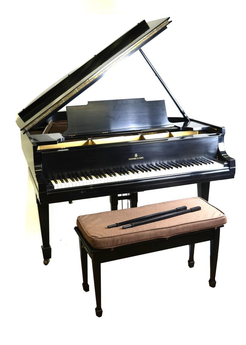 Steinway & Sons, New York Model M Studio Grand Piano
