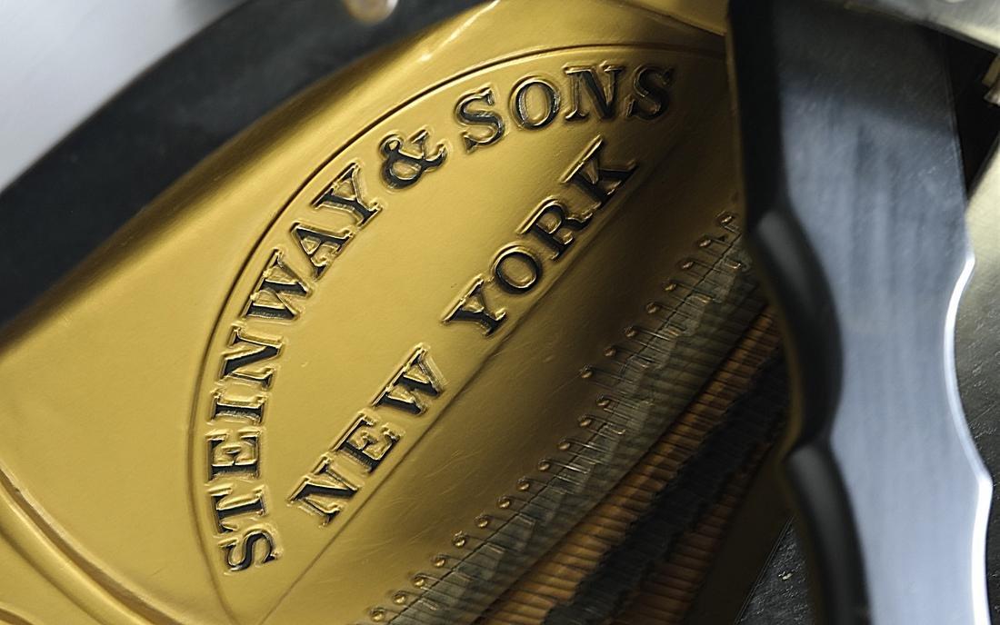 Steinway & Sons, New York Model M Studio Grand Piano - 3