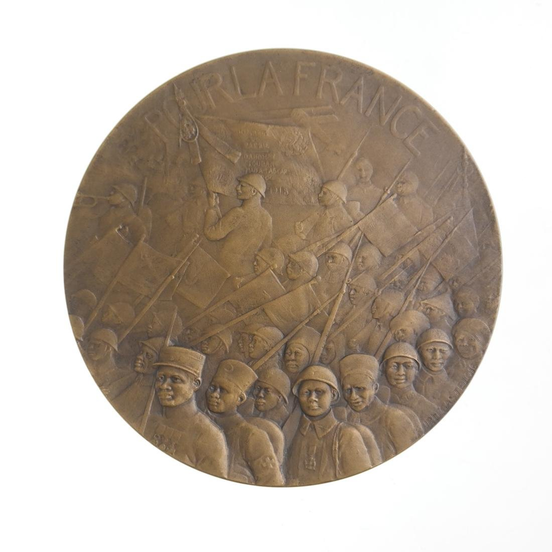 FRANCE. COLONIAL FORCES TRIBUTE MEDAL, 1918.