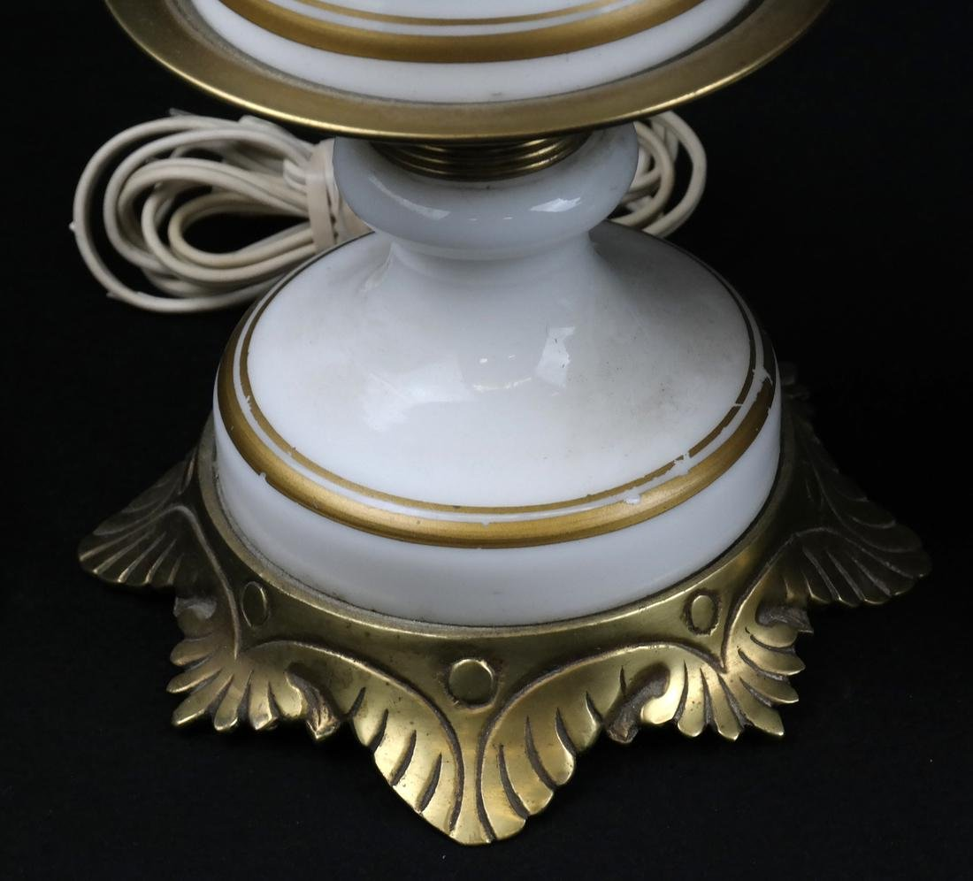 Pair of White Porcelain Lamps - 4