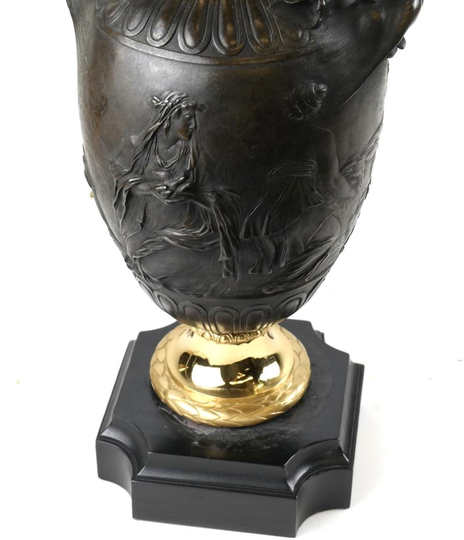 Bronze Relief Form-Urn Lamp by Barbedienne - 3
