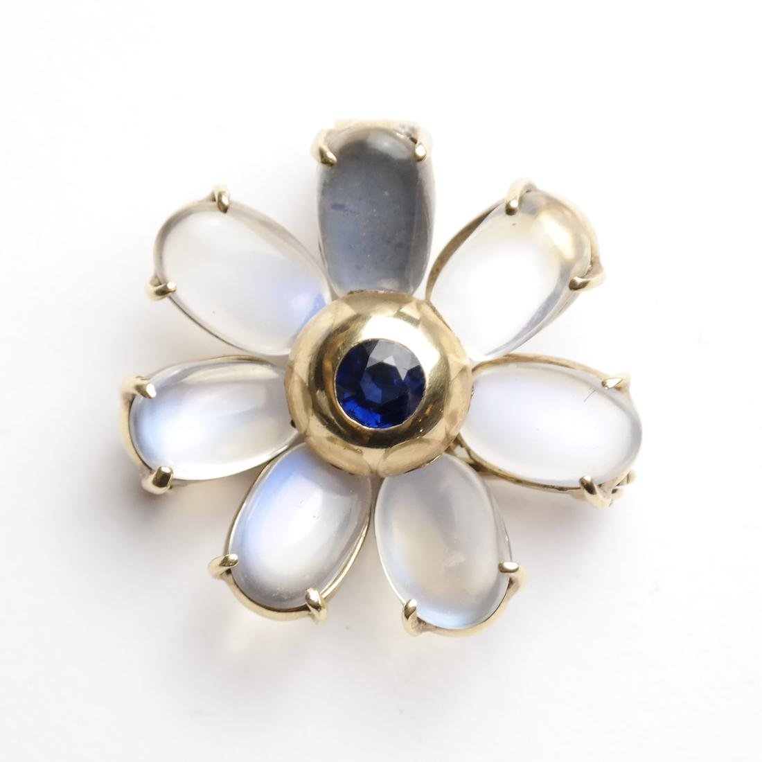14k Gold Pin With Blue Sapphire