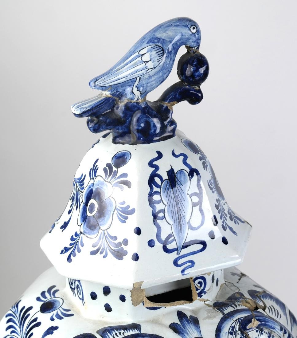 """Pair of Delft-Style """"as is"""" Covered Vases - 2"""