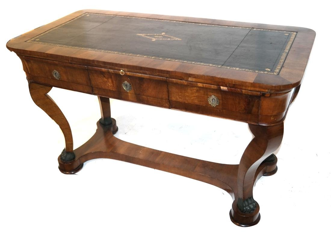 Classical Style Leather Top Desk