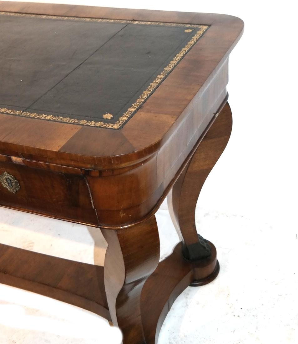 Classical Style Leather Top Desk - 2