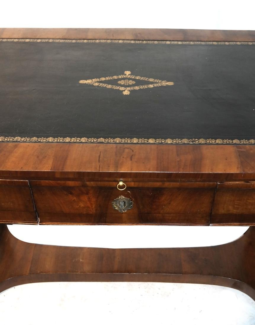 Classical Style Leather Top Desk - 4