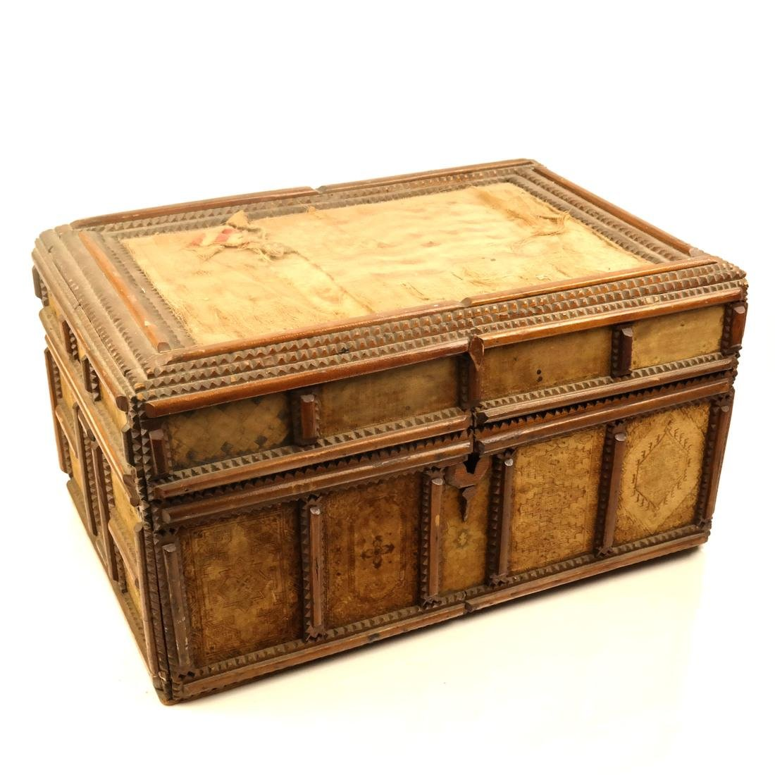 Tramp Art: Jewelry Compartment Box