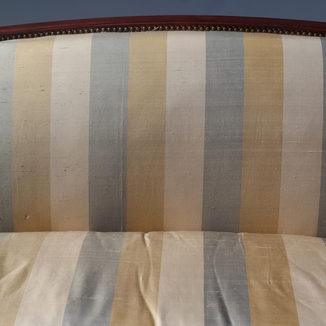 Sheraton-Style Sofa - 4