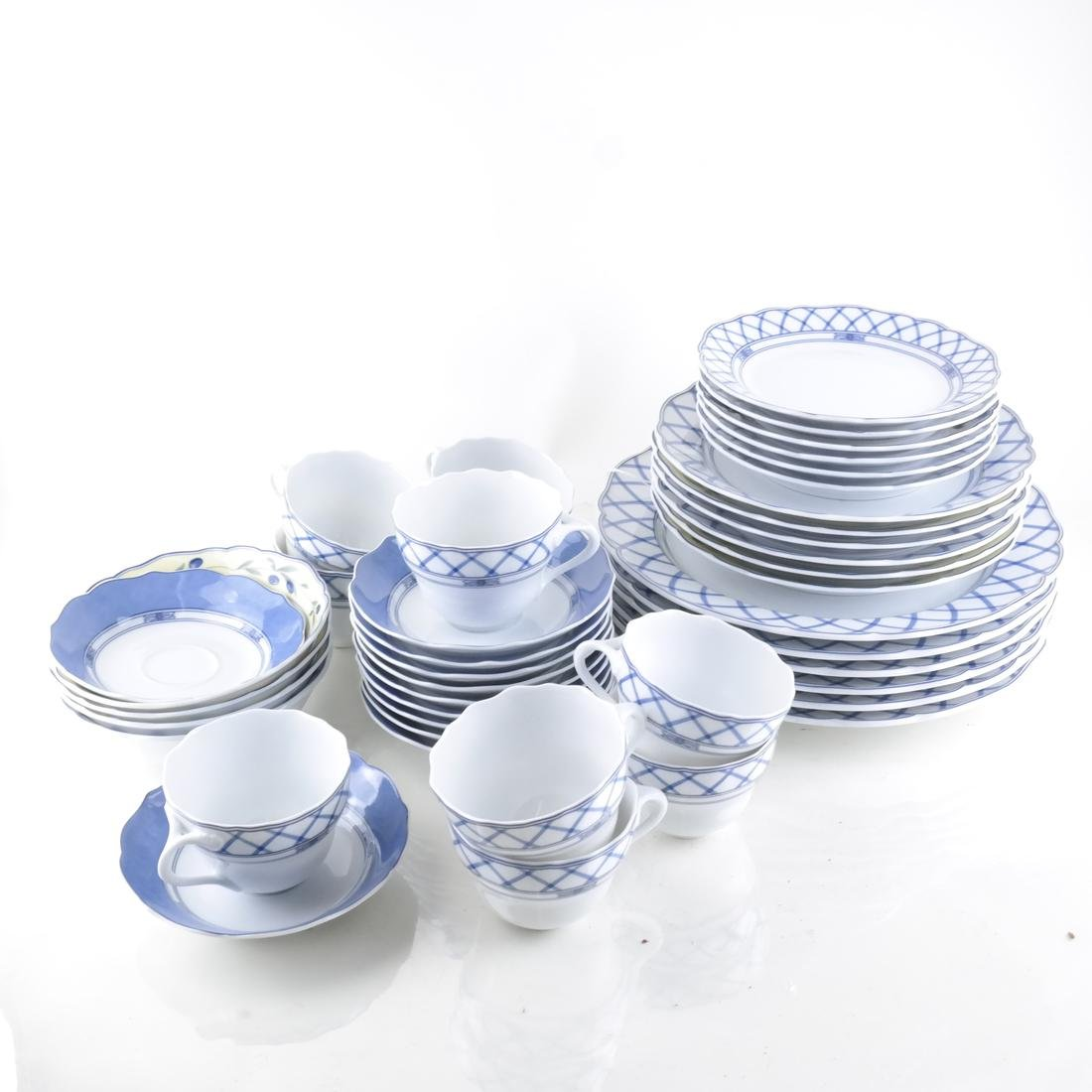 Wedgwood Partial Mixed Dinner Service
