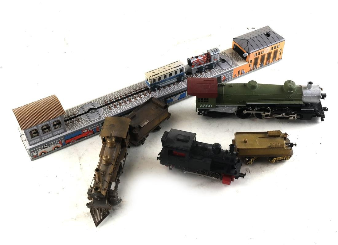 14 Toy Train Cars - 5